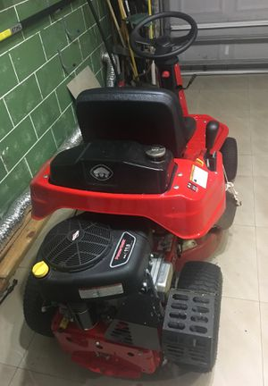 Snapper riding mower new for Sale in Kissimmee, FL
