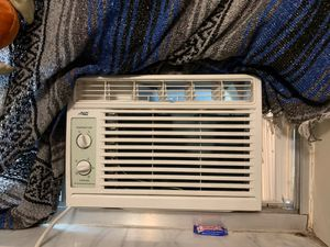 Arctic king window ac unit for Sale in Deltona, FL