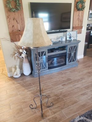 Solid rod iron floor lamp for Sale in Fresno, CA