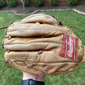 "Rawlings 11"" Cal Ripken Baseball Glove Model RBG90F for Sale in Kenmore, WA"
