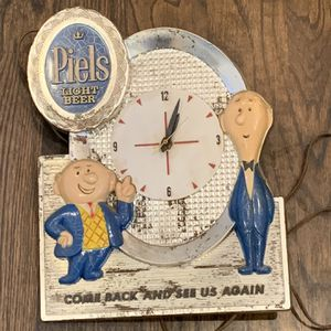 Vintage Piels beer wall clock sign works some wear for Sale in Coventry, CT