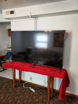 70 inch LG UHDTV. 4K for Sale in Lincoln, NE