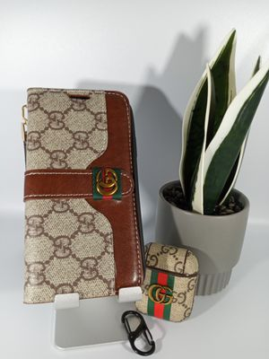 Nice Bundle for iPhone Xs and Airpods Case. for Sale in Loma Linda, CA