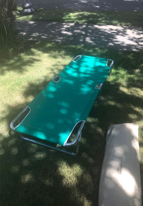 Camping cots (2)