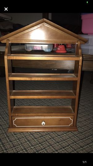 Shelf for Sale in Canton, IL