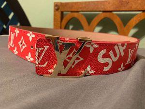 Louis Supreme Belt for Sale in Clovis, CA