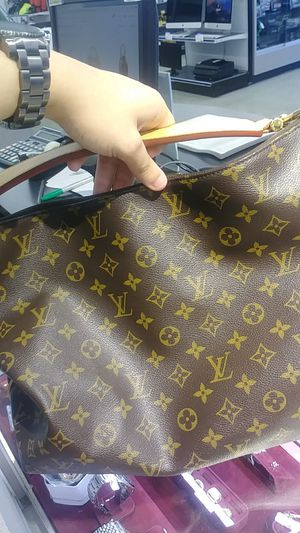 Louis Vuitton Sully hobo bag for Sale in Palm Harbor, FL