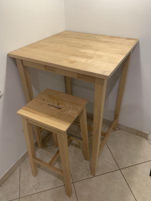 Wooden Kitchen table for Sale in Miramar, FL