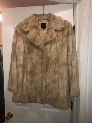 Express Faux Fur Coat (L) for Sale in Rockville, MD