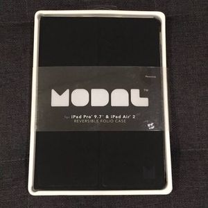 Modal Reversible Folio Case for Ipad Pro 9.7 & Ipad Air 2 for Sale in Los Angeles, CA