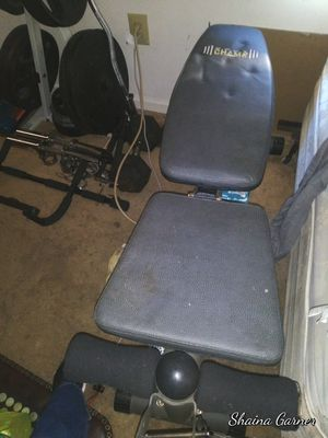 Weight bench and set for Sale in Rockmart, GA