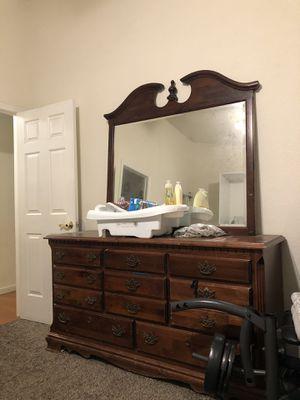 Dresser for Sale in Stockton, CA
