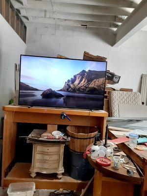 Phillips .... Flat Screen... 65inch Smart TV.. for Sale in Port Richey, FL