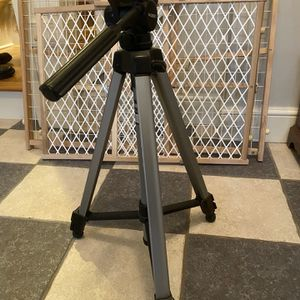 Camera tripod for Sale in Newtown, CT