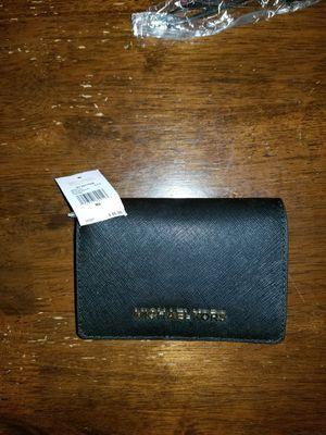 Michael Kors wallet for Sale in Miami, FL