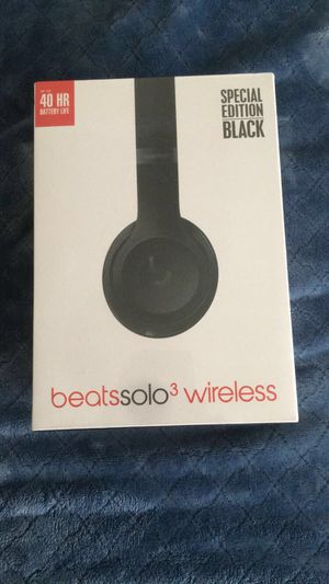 Dr Dre beats solo 3 wireless for Sale in Bradbury, CA