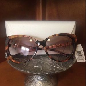 Brand New Michael Kors Sunglasses for Sale in Downey, CA