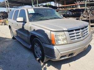 2005 Cadillac Escalade PARTING OUT for Sale in Fontana, CA