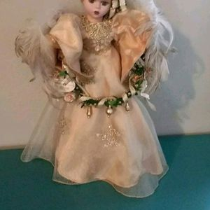 """Brand New Tree Top/table Top 18"""" Porcelain Christmas Angel From The Victoria Collection for Sale in Riverside, CA"""