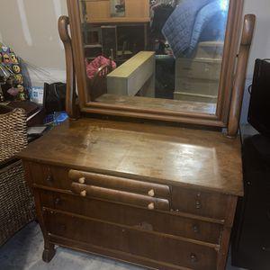6 Draw Vintage Dresser for Sale in Baltimore, MD