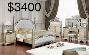 $50 DOWN PAYMENT New z Gallerie Type Mirrored queen bedroom set for Sale in Los Angeles, CA