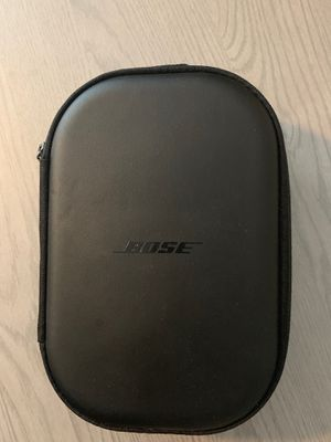 Bose Quiet Comfort 35 II Noise Cancelling Headphones for Sale in Alafaya, FL