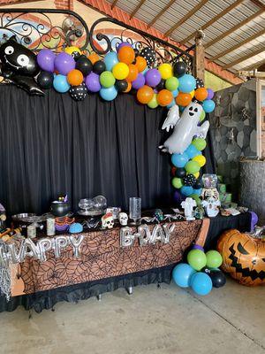 Halloween Balloon Garland for Sale in Buena Park, CA