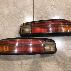 Lexus Sc400 Tail Light Lens 1997-2000 Tail Lamps for Sale in Cypress, TX