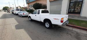 2004 Toyota. Tacoma. Extra cab for Sale in Los Angeles, CA
