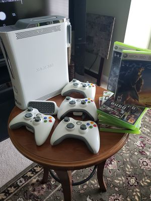 Rare Xbox 360 w 4 controllers and wireless and games for Sale in Potomac Falls, VA