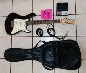 Yamaha electric guitar with extras for Sale in Seattle, WA