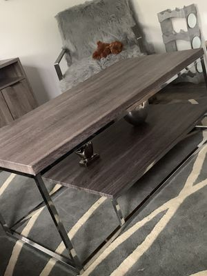 Living room table with two end tables for Sale in St. Louis, MO