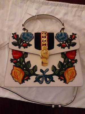White Gucci Embroidered handbag Smooth leather and floral design for Sale in Arlington, VA