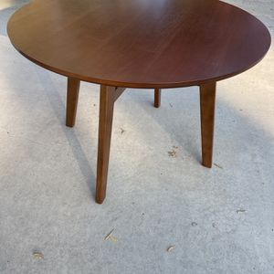 Dining Table for Sale in Visalia, CA