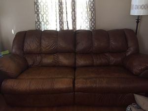 Comfortable brown leather couch*reduced for Sale in Smyrna, TN