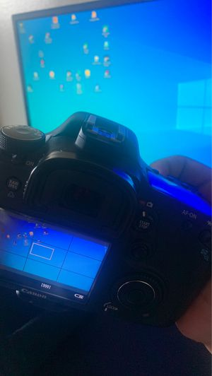 Canon eos 7D camera with 24-105mm lens for Sale in Los Angeles, CA