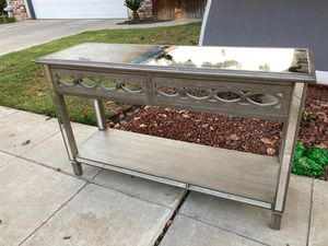 $50 console table for Sale in Clovis, CA
