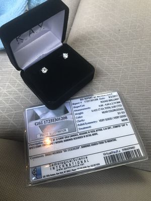 100% Real Diamond Ear rings for Sale in Fort Washington, MD