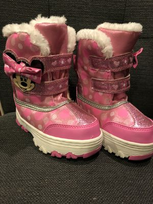 Disney Minnie Mouse Snow Boots Toddler Size 8 for Sale in Kent, WA