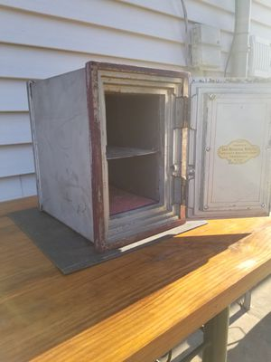 Antique Wards Home Deposit Vault (Meilink Mfg Company) *USA* Wall Safe for Sale in Joliet, IL