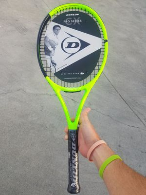 Dunlop CX Pro255 Tennis Racket for Sale in Lawndale, CA