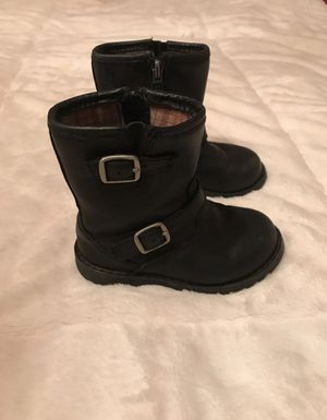 Adorable Toddler Girls UGG Boots Size 7 for Sale in Moravian Falls, NC