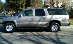 2000 Chevrolet suburban for Sale in Stockton, CA