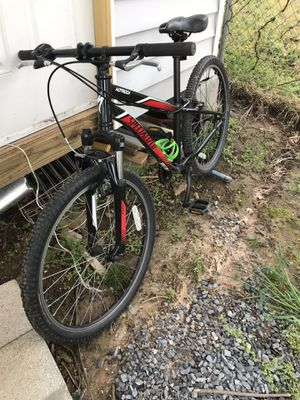 Boys specialized mountain bike for Sale in Lanham, MD