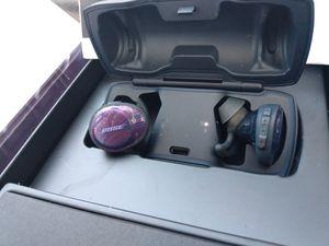 Brand new Bose wireless headphones for Sale in Denver, CO