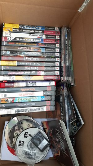 40 plus ps2, ps3 ps1 games for Sale in Kent, WA