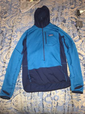 LOW PRICE PATAGONIA JACKET for Sale in Los Angeles, CA