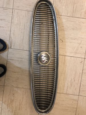 Buick grill for 2003-2005 Buick lesabre. for Sale in Cicero, IL