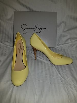 Jessica Simpson Oscar Lemon Chiffon heels shoes for Sale in Lake Alfred, FL