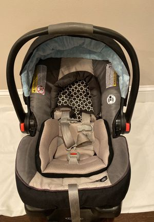 Graco Infant Car Seat (w/o stroller) for Sale in Laurel, MD